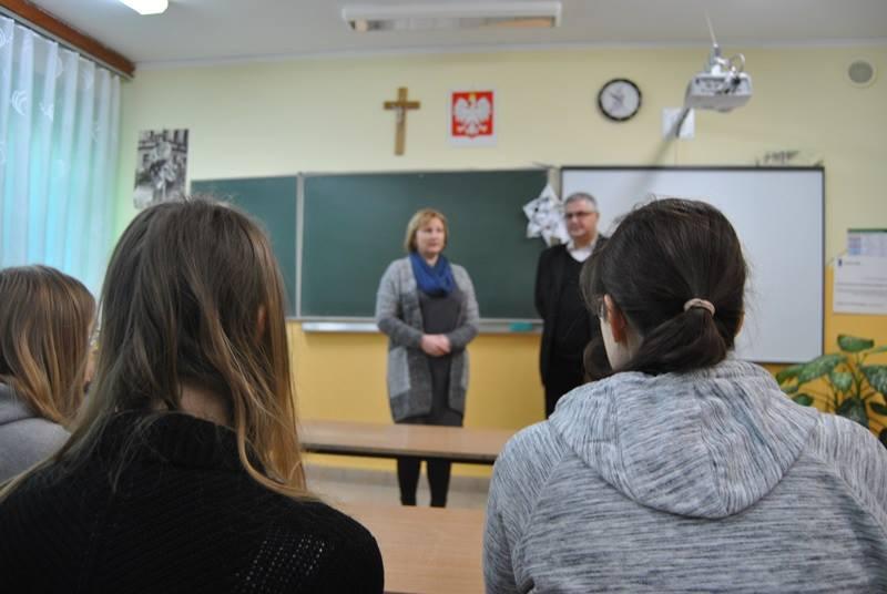 09.01- Spotkanie z dyrektorem IPNu- Waledemarem Brrndą