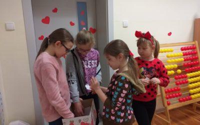 Walentynki w małej szkolne